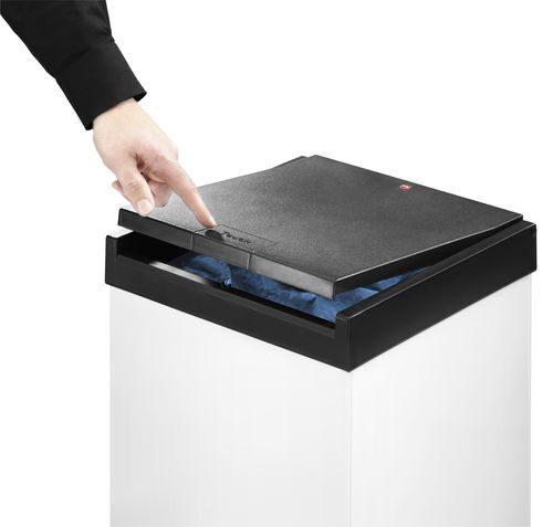 Перейти на страницу описания: мусорный контейнер 60 литров, hailo big-box swing 60 (6460-112)